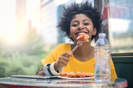 too funny woman eating pizza