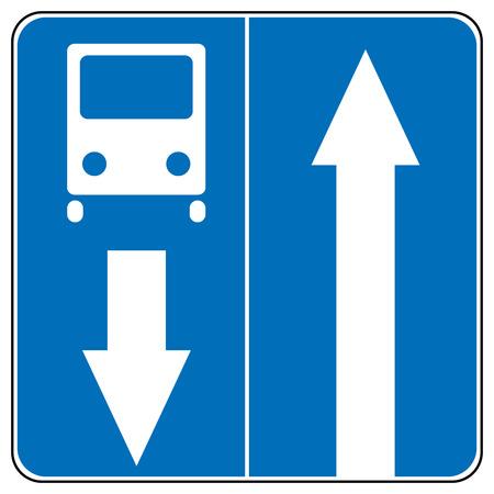 Ahead Seulement, un signe de la circulation à sens unique, continuez tout droit illustrations Flèche trafic vecteur
