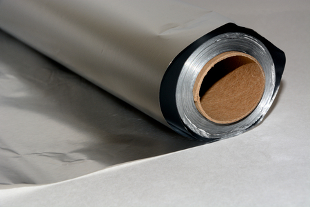 Rollo de papel de aluminio Foto de archivo
