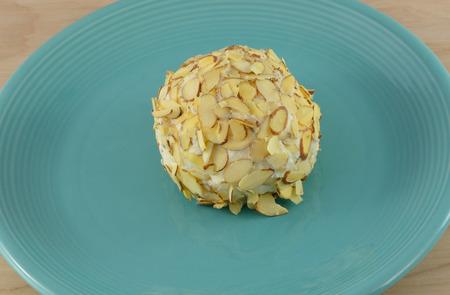 amaretto: White chocolate amaretto cheeseball with almond topping
