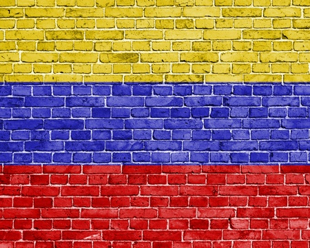 venezuela flag: Grunge bandera Venezuela en la pared de ladrillo