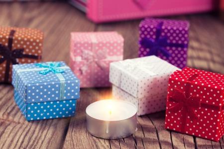 velas de navidad: Vela de la Navidad y cajas de regalo