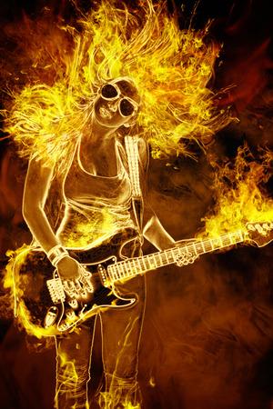 ギターを持つ若い女性火災黒い背景上の炎