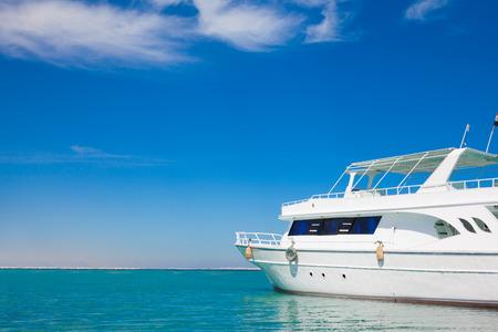 美しい紅海のヨット