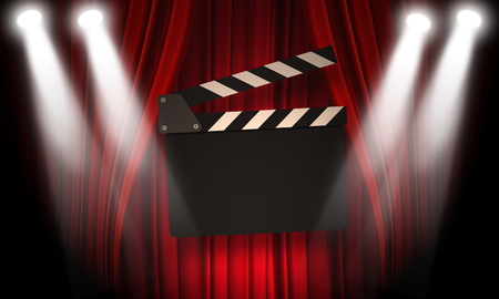 cinta pelicula: Movie clapperboard on a red background with a folds Foto de archivo