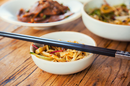 beansprouts: Stir-fried chinese noodles with beef vegetables and beansprouts