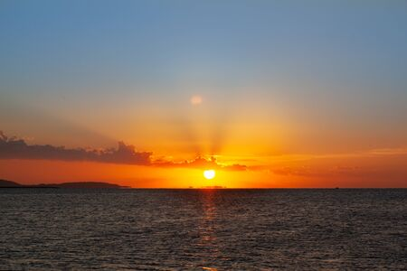 Beautiful sunrise over the red sea 스톡 콘텐츠
