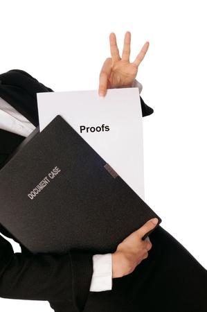 advocate: Investigador examina en pruebas de detalles informados por advocate