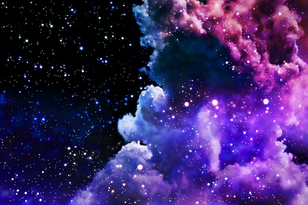 Las luces del Norte polar y las estrellas brillan a través de las nubes y parecen un parto de una nebulosa de nuevo después de la explosión de supernova