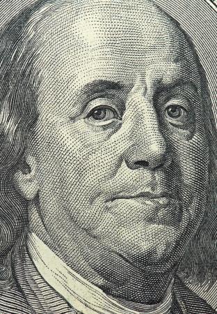 dolar: macro de 100 d�lares dinero cara Editorial