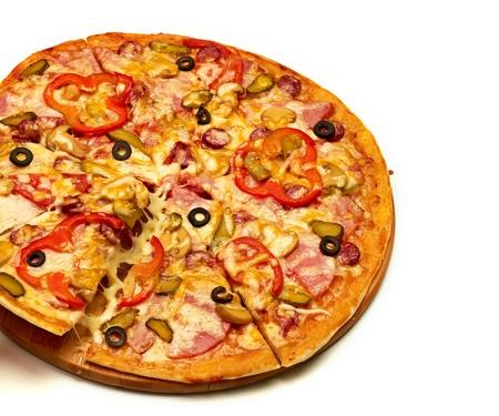 pizza: Sabrosa pizza con verduras, Foto de archivo