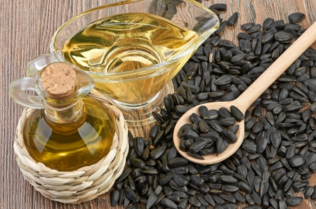sunflower seeds and oill Stock Photo - 22546722