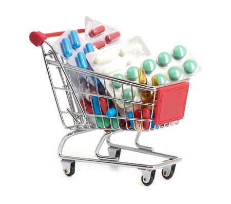 medecine: Shopping trolley avec des pilules et de médicaments