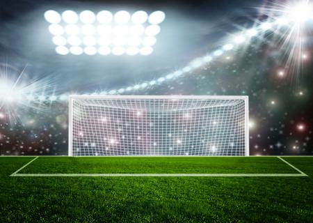 campo calcio: Sfera di calcio su arena stadium verde
