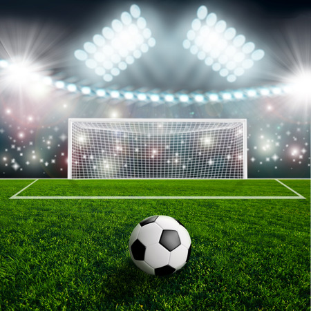 cancha de futbol: Bal�n de f�tbol en estadio arena verde Foto de archivo
