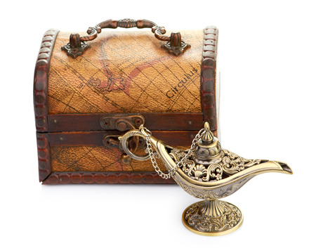 aladin: chest and aladin lamp