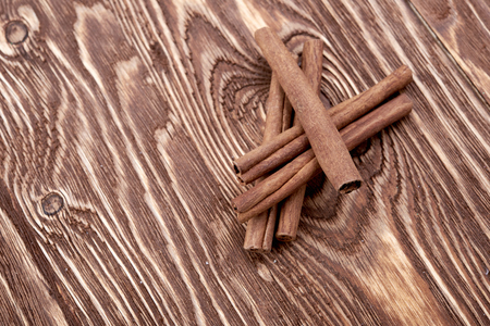 stick of cinnamon: Bunch of cinnamon sticks