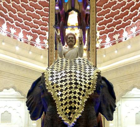 ibn: Ibn Battuta Mall, Dubai -UAE India Court Elephant