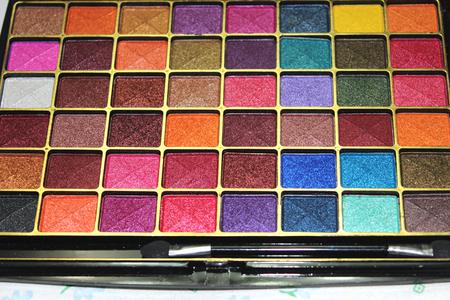 eyeshadow: Eyeshadow palette