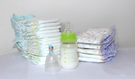 pezones: pañales para bebés y botella