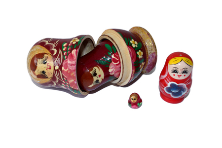 russian nesting doll isolated on white 스톡 콘텐츠 - 96609695