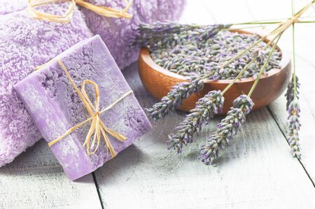 Lavender natural soap with fresh lavender flowers and dried lavender seeds Imagens