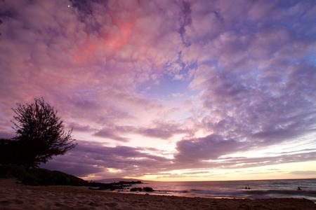 Sunset Kamaole Beach Park on the Hawaiian Island of Maui Banco de Imagens