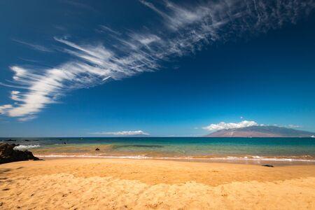 Beach life at Mokapu Beach Park, Wailea, Kihei, on the Hawaiian island of Maui, USA Imagens - 125515939