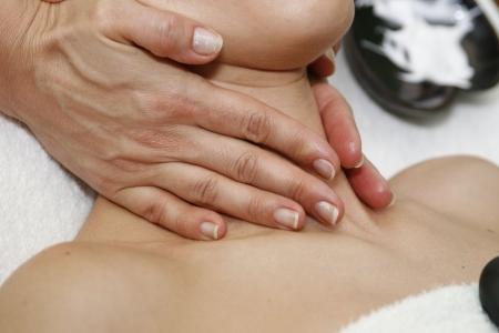 massaggio collo: Massaggio collo