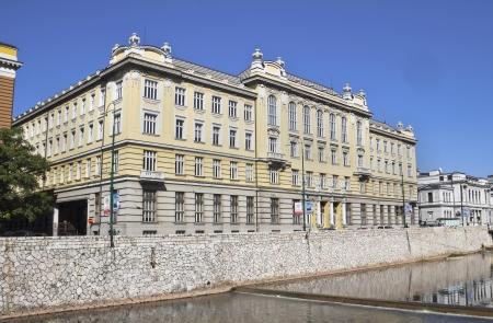 saraybosna: Miljacka river and post office in Sarajevo the capital city of Bosnia and Herzegovina
