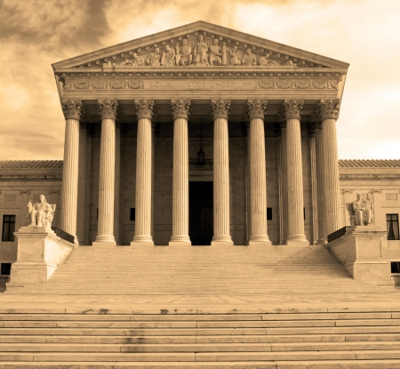 Supreme Court building in Washington, DC, United States of America - sephia  Banque d'images