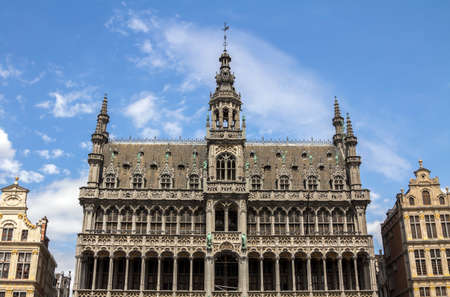 the Grand Place and the Maison du Roi, a neo-gothic style building from the XIXth century, which houses the Museum of the City of Brussels.