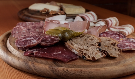 Chopping with typical italian cold cuts Stock Photo - 16255524
