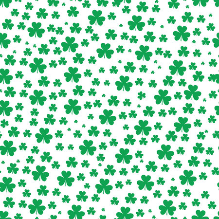 St Patrick s Day Clover seamless pattern. Vector illustration for lucky spring design with shamrock. Green clover isolated on white background. Ireland symbol pattern. Irish decor for web site. eps 10. Ilustração
