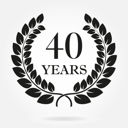 40 years anniversary laurel wreath sign or emblem. Template for celebration and congratulation design. Vector 40th anniversary label isolated on white background. Vettoriali