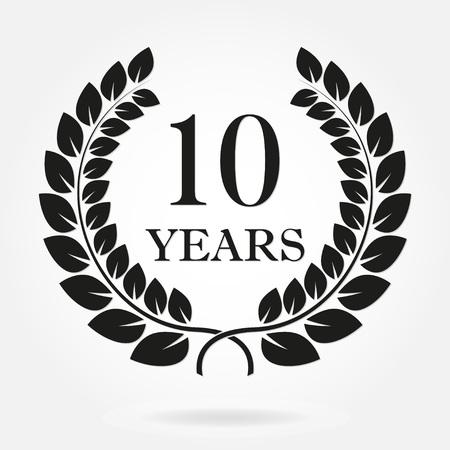10 Jahre Jubiläum Lorbeerkranz Zeichen oder Emblem. Schablone für Feier- und Glückwunschdesign. 10. Jahrestagsaufkleber des Vektors lokalisiert auf weißem Hintergrund.
