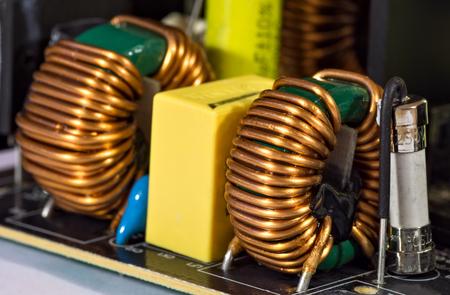 electrolytic: Toroidal pulse transformers on printed circuit board