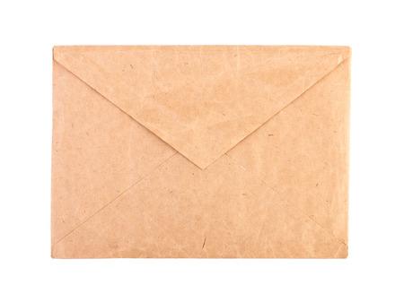 papier lettre: Enveloppe brune Vintage isol� close-up. Banque d'images