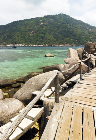 koh tao: wooden bridge on Koh Tao and Koh Nangyuan islands in Thailand. snorkeling paradise with clear sea water and coral reef