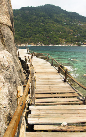 wooden bridgewalk on Koh Tao and Koh Nangyuan islands in Thailand. snorkeling paradise with clear sea water and coral reef