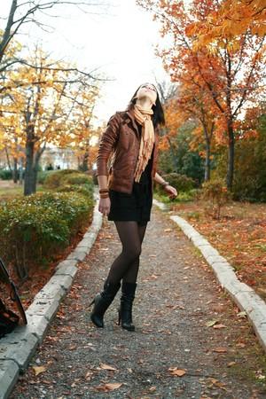cute girl outdoor autumn Stock Photo