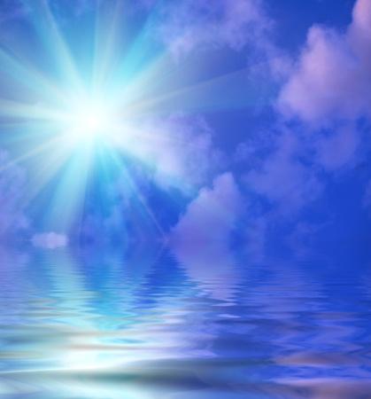 zon, lucht, wolken en water met rimpelingen