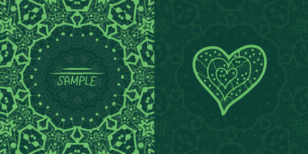 unmarried: Dise�o cuadrado del vector tarjeta de viajero verde ornamental. Tarjeta de la invitaci�n. En forma de coraz�n elemento decorativo de la vendimia. Dibujado a mano de fondo. Isl�mico, �rabe, indio, otomano, motivos asi�ticos. Plantilla Flayer.