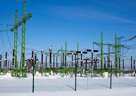 electricidad industrial: Estaci�n de energ�a genera electricidad para aldeas m�s cercanos