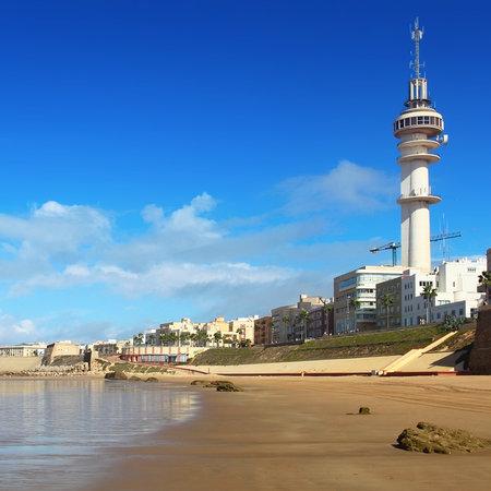cadiz: Cadiz beach on sunny day, Spain