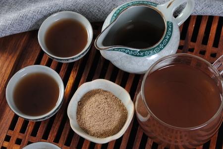 Powdered tea