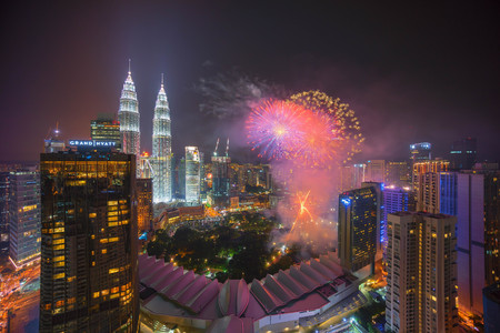 merdeka: Kuala Lumpur, Malaysia - August 31, 2016: Fireworks show at Kuala Lumpur city centre during 59th Malaysia Hari Merdeka Celebration (Independence Day) Editorial