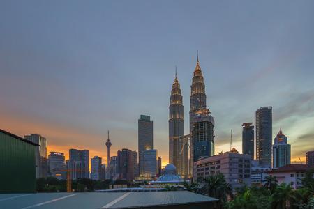 klcc: Kuala Lumpur - Julai 11, 2016: The sunset view of Petronas Twin Towers KLCC during blue hour.