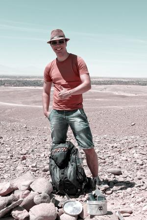 "caching: Geocaching in the  ""Atacama "" desert celebrates his treasure discovery"