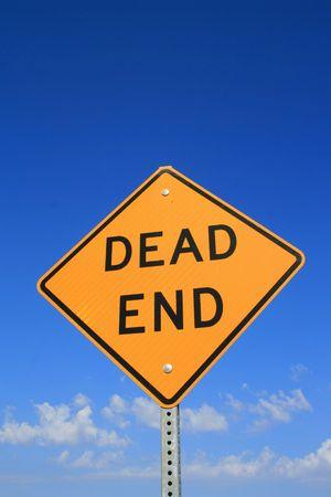 行き止まりの道路標識 写真素材